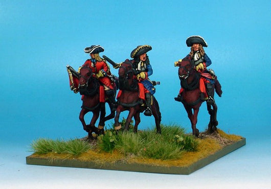 WLOA40b Cuirassiers Command in Hats on Galloping Horses - Warfare Miniatures USA