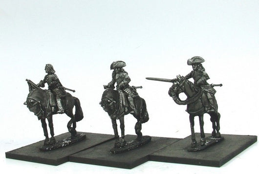 WLOA56a Cuirassiers Command in Tricorns, Front Plate Only on Standing Horses - Warfare Miniatures USA