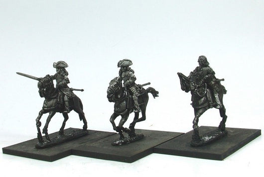 WLOA56b Cuirassiers Command in Tricorns, Front Plate Only on Galloping Horses - Warfare Miniatures USA