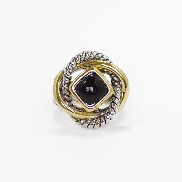 Love Knot Ring in Onyx Black