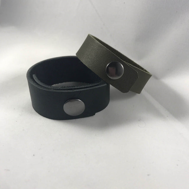 Desdamona Doolittle - Slim Recycled Leather Cuff