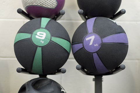 Whats the difference between a medicine ball and a slam ball?