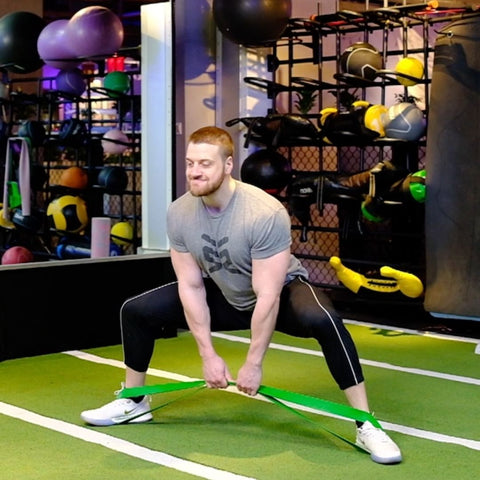 deadlifts with resistance bands