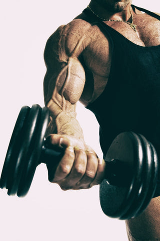 difference between strength and hypertrophy training
