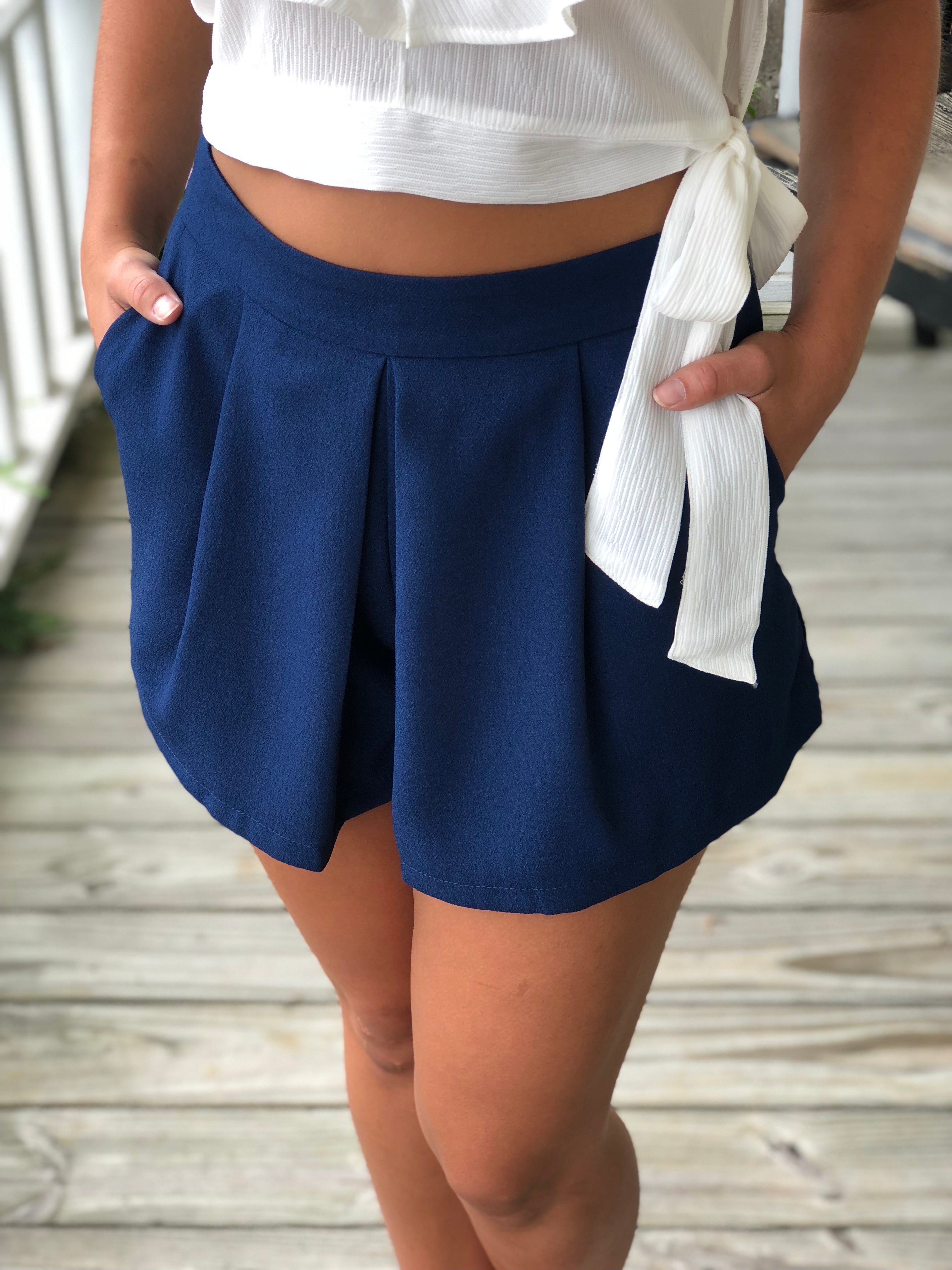 Pleated Dressy Shorts With Pockets