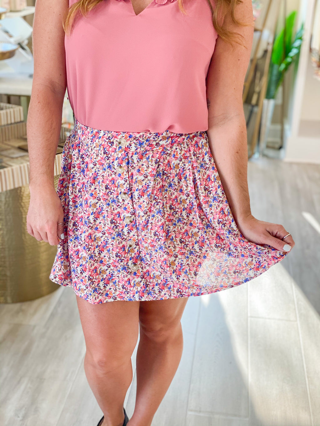 Button Trim Floral Mini Skort