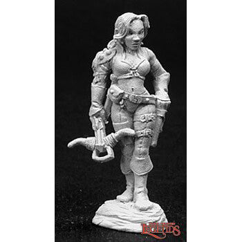 Mini - Reaper Metal 02743 Tara the Silent (Human Female)