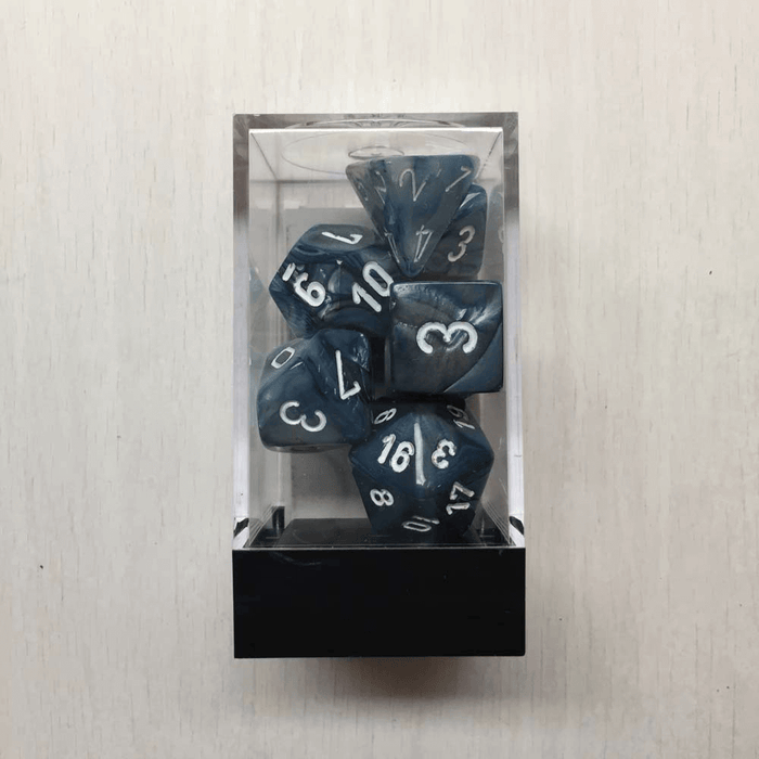 Dice 7-set Lustrous (16mm) 27490 Slate / White