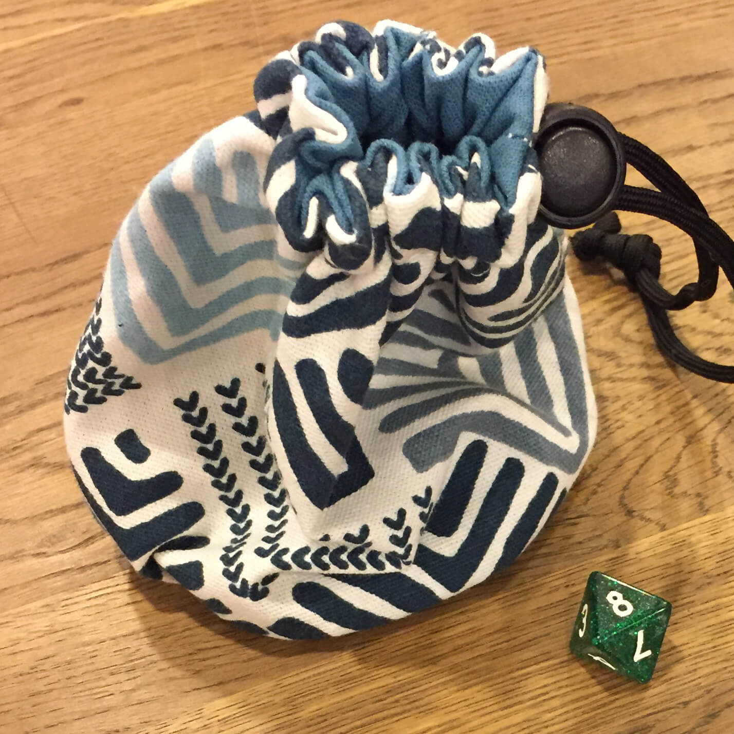 Handmade Dice Bag Linen w/ lining (6x6in) Assorted
