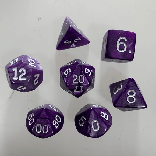 Dice 7-Set Pearlized (16mm) Purple / White