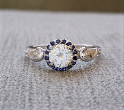 The Love Birds (Sapphire Halo) GH white Moissanite Center