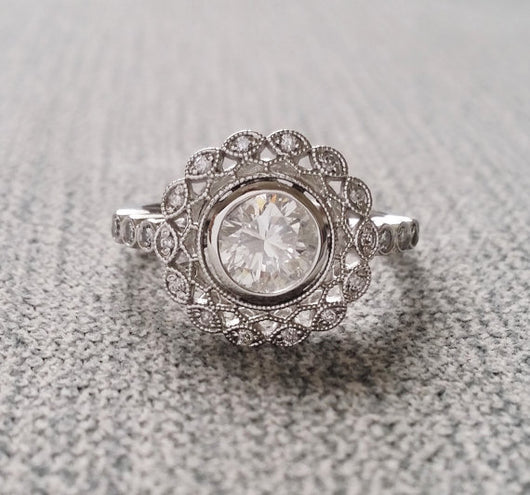The Mae (Bezel Set) EF White Moissanite