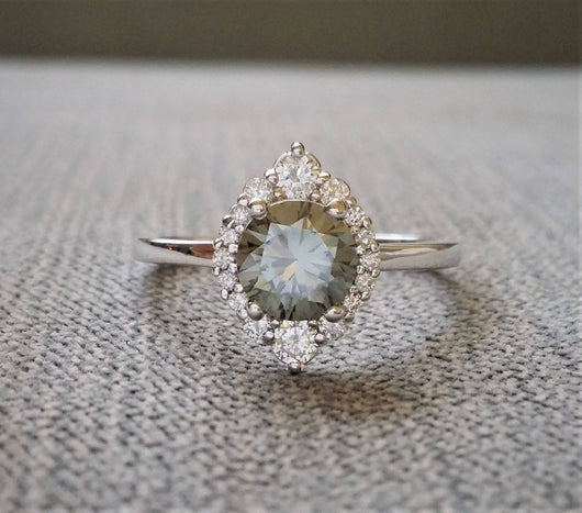 The Jasmine Grey Moissanite
