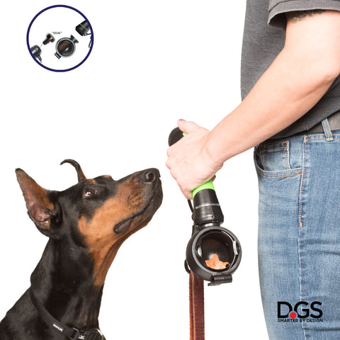 Gismo training kit - keep all your dog training tools in one hand: clicker and treat container can be added to your Gismo handle for an easy training session with your dog.
