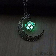 Moon Glowing Charm Silver Necklace
