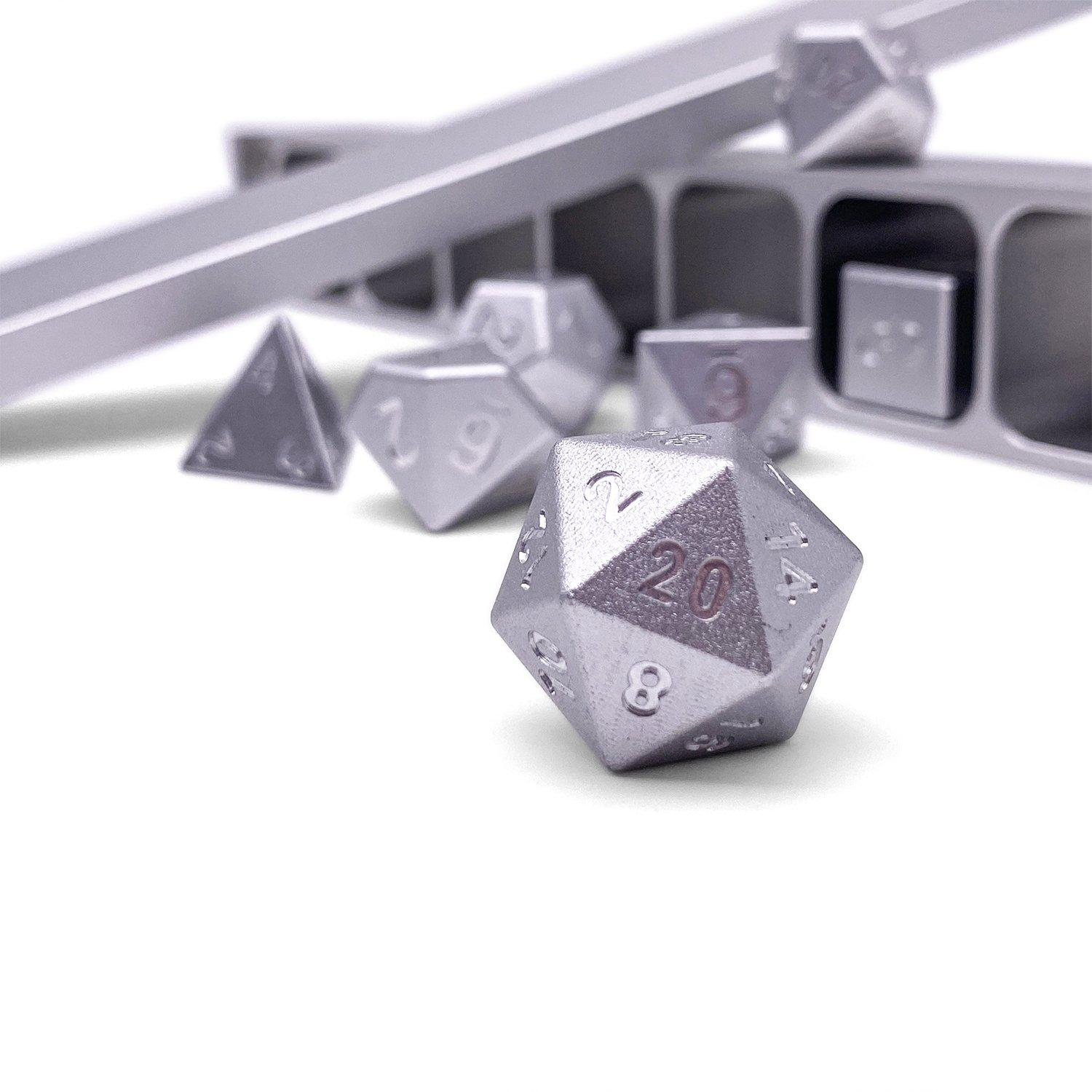Precision CNC Aluminum Dice Set with Dice Vault – Mithiral Silver
