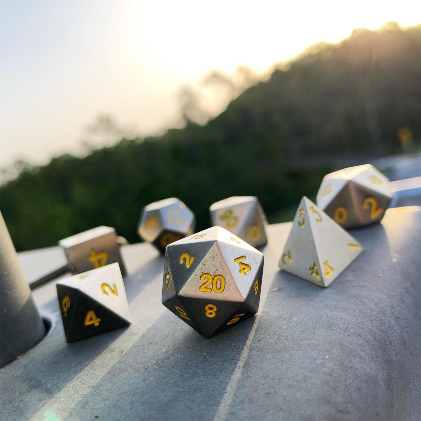 Blacksmith's Anvil Metal Dice Set