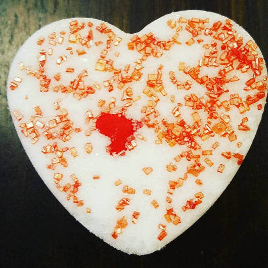 Love Spell Bath Bomb Hearts 4 oz - bathbombfizzle