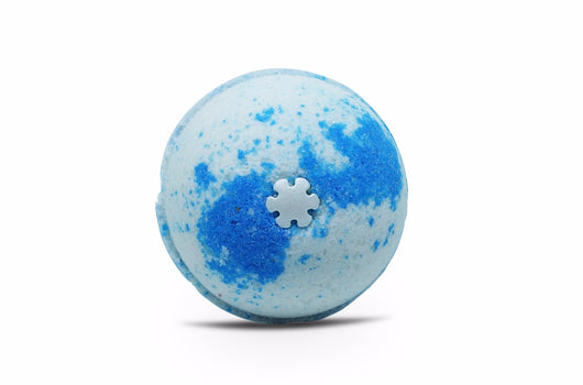 Elsa's Frozen Kiss Bath Bomb 6 oz - bathbombfizzle