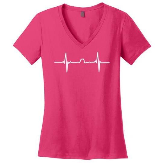 Winona T-Shirt Sugarloaf Heartbeat, Light on Dark, Women's Perfect Weight V-Neck