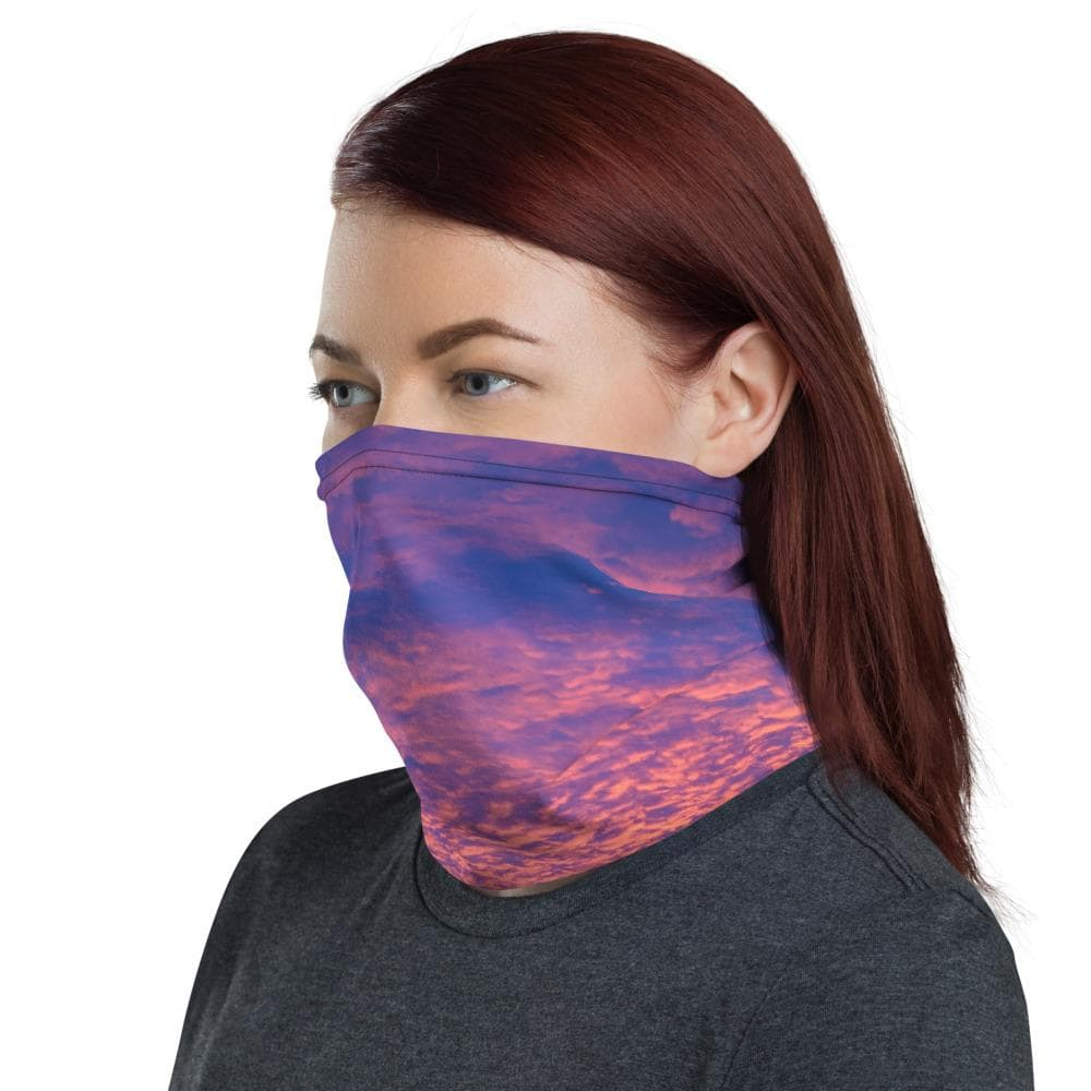 Winona Minnesota Sunrise Neck Gaiter - Kari Yearous Photography WinonaGifts KetoGifts LoveDecorah