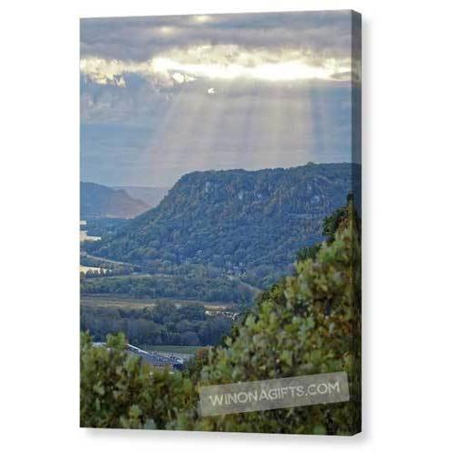 Garvin Heights Sunbeams Winona Minn - Canvas Print - Kari Yearous Photography KetoLaughs