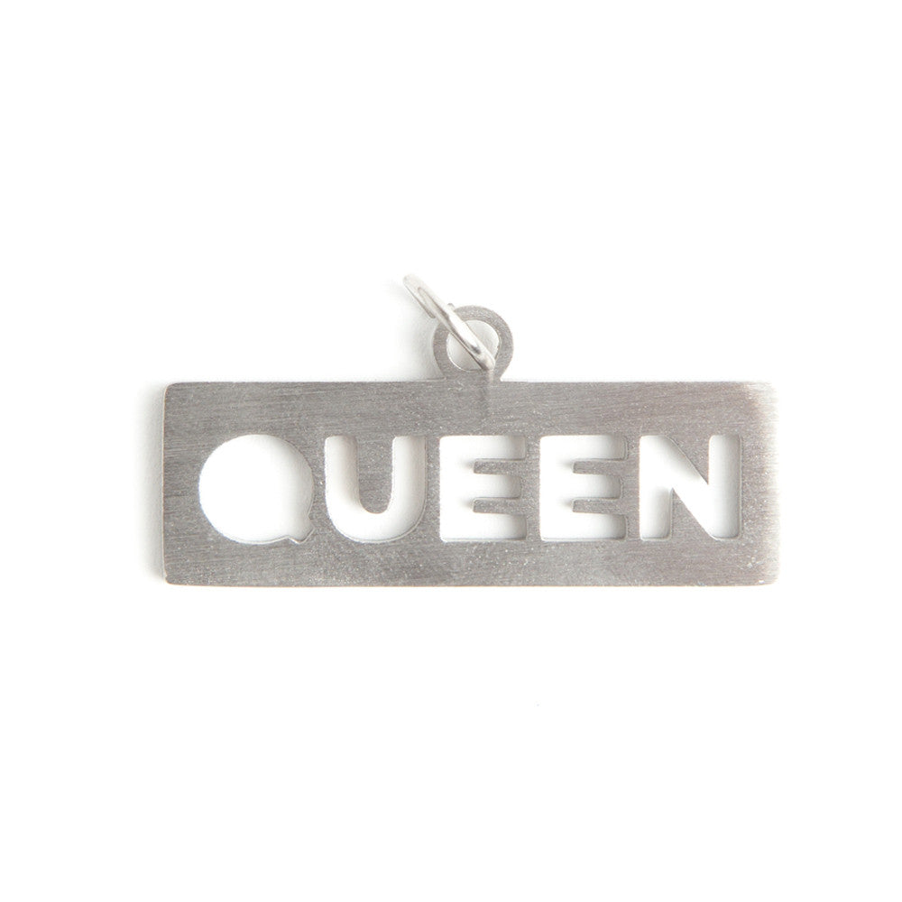 QUEEN DOG TAG  - Jaeci Jewlery