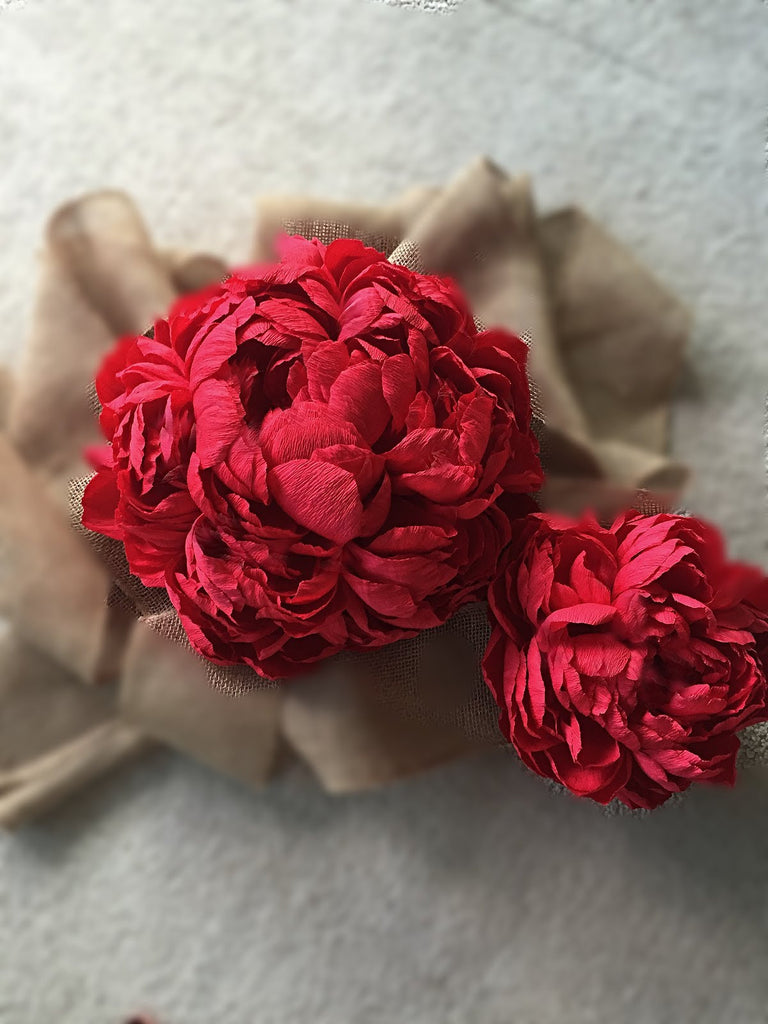 GIANT VALENTINES DAY PEONY - A DIY TUTORIAL BY ROYA'S CREATIONS