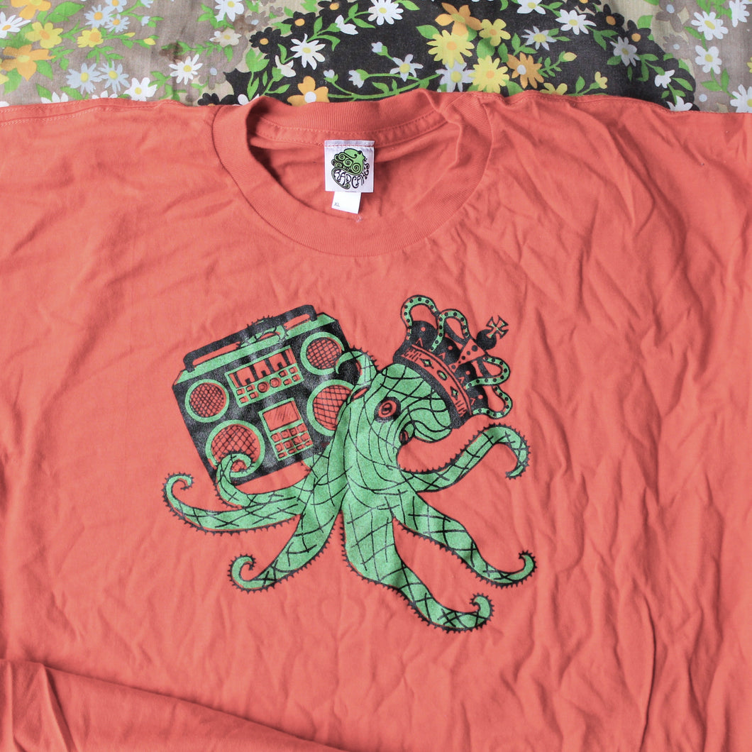 Octoking unisex shirt