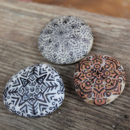 3 Manadala hand-painted paperweight rocks