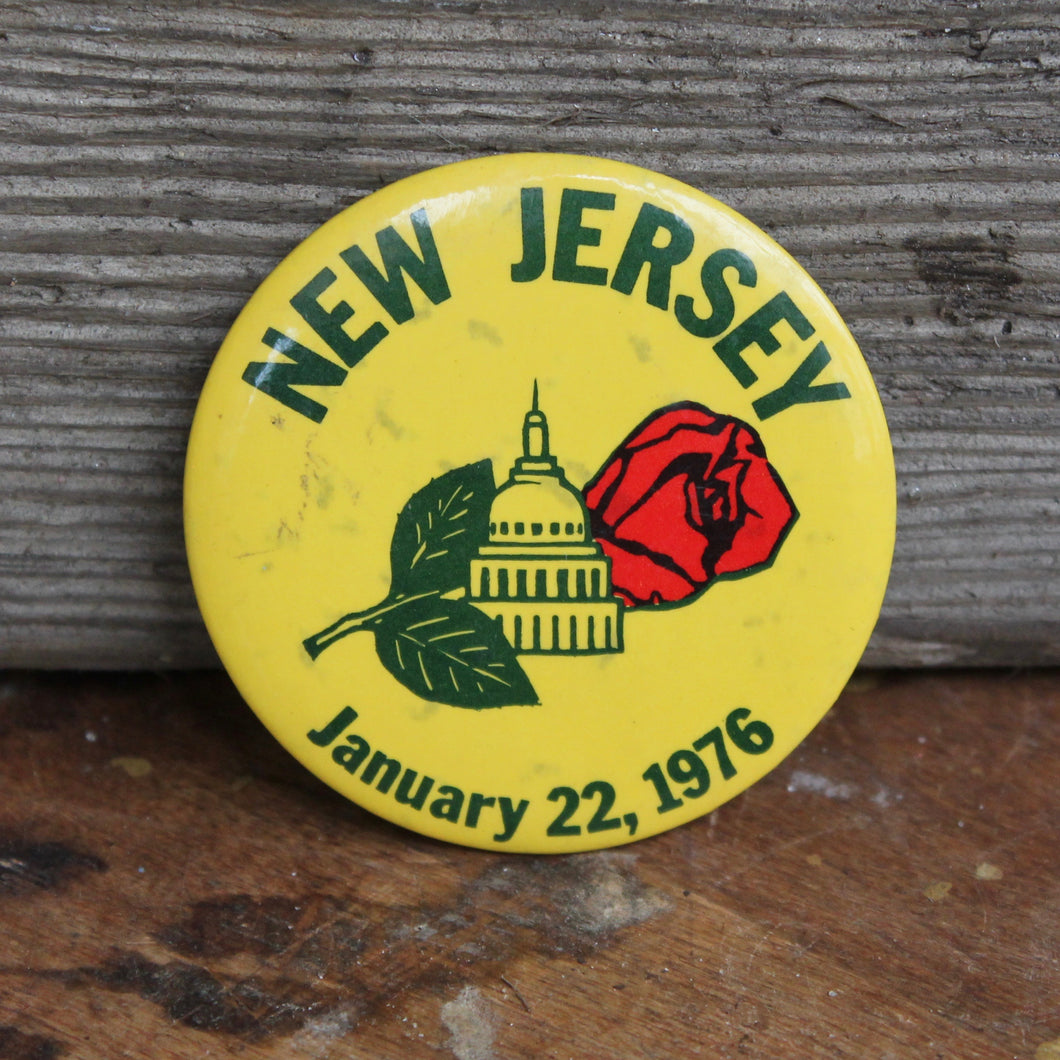 Large 1976 New Jersey pinback button