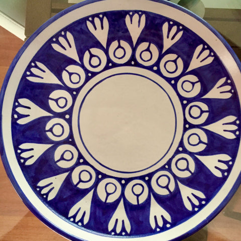 Plates / Rustic Blue & White / Flores Blancas with Solid Trim