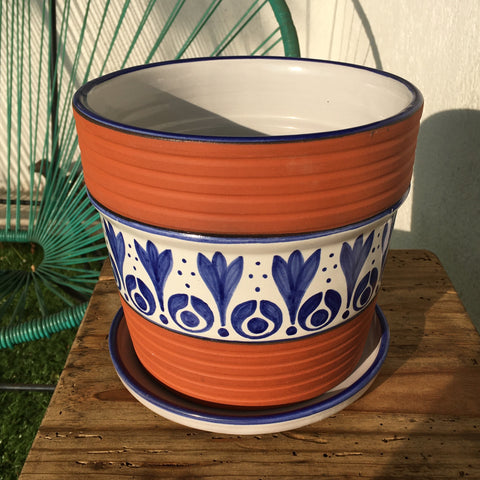 "Flower Pot / Rustic Flowers / ""Tornillo"" Trim"