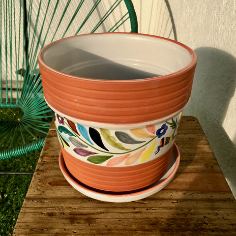 "Flower Pot / Tenango with Red Accent / ""Tornillo"" Trim"