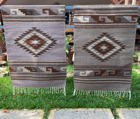 Area Rug 2' x 3' / Handwoven Wool from Oaxaca / Diamantes & Caracol / Café and Grey