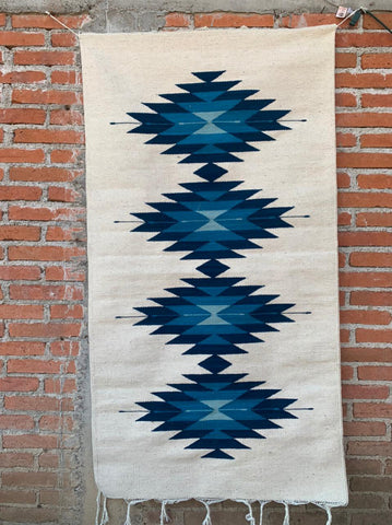 "Area Rug 2.5' x 5' / Handwoven Wool from Oaxaca / ""Diamantes"" / Blue Tones"