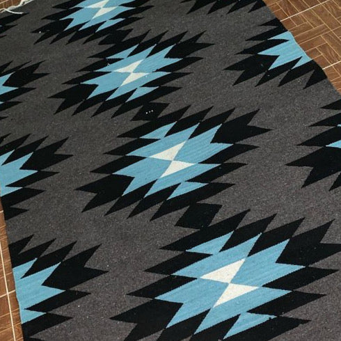 "Area Rug 2.5' x 5' / Handwoven Wool from Oaxaca / ""Diamantes"" / Grey, Black, & Turquoise"