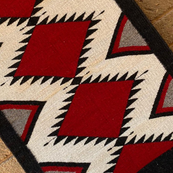 Area Rug 2' x 3' / Handwoven Wool from Oaxaca / Diamantes / Bold Black & Red