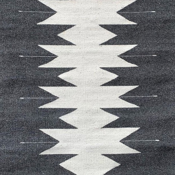 Area Rug 2.5' x 5' / Handwoven Wool from Oaxaca / Grey & White Mariposas