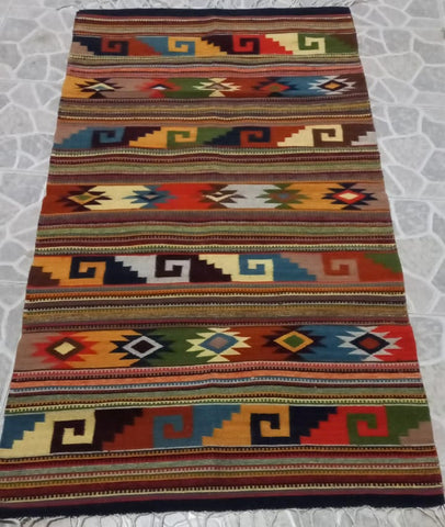 Area Rug 2.5' x 5' / Handwoven Wool from Oaxaca / Caracol & Diamantes