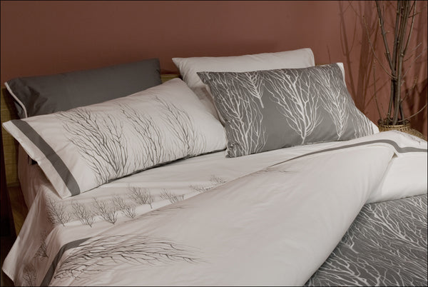 Mantra Bedding