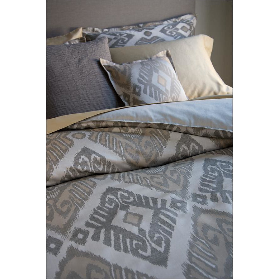 Ikat Bedding