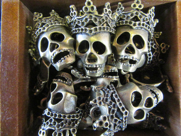 Metal Queen Skullies