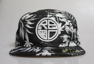 Black / White Full Floral Snapback