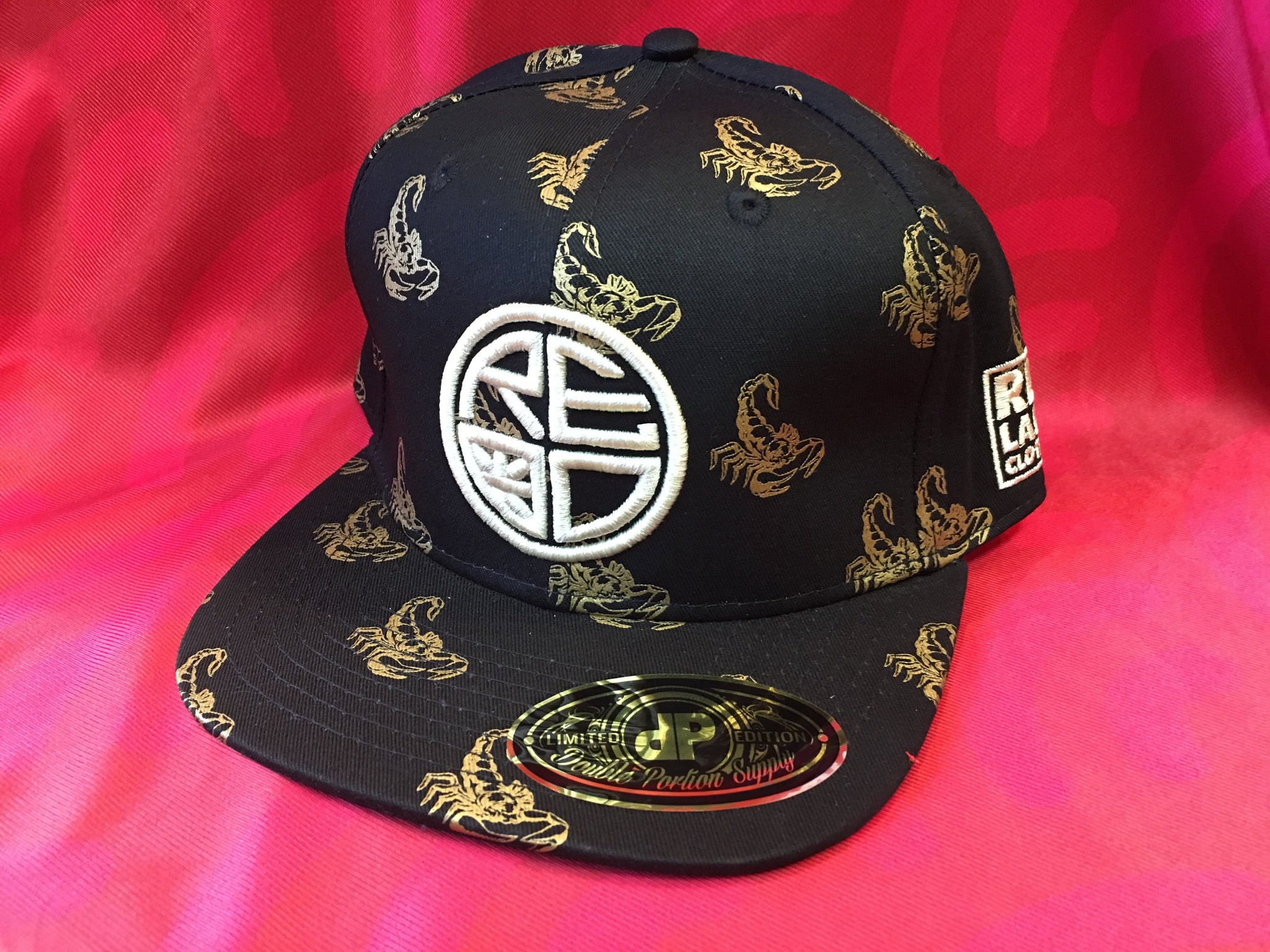 Scorpion White Logo Snapback - Black/Gold