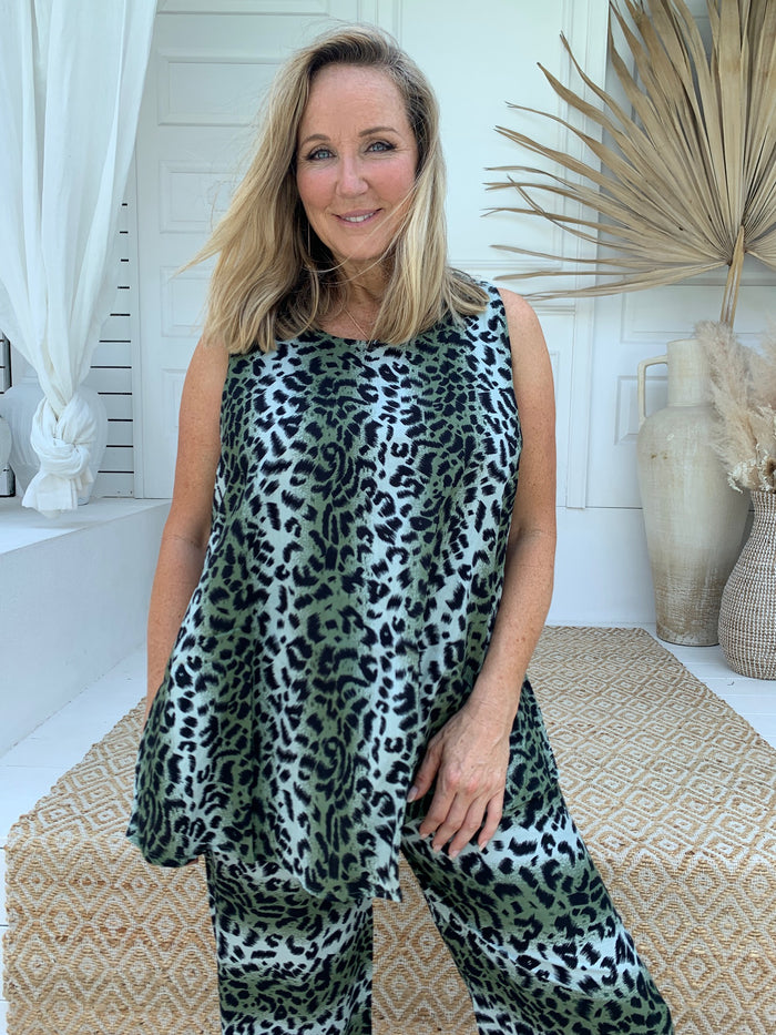 Animal Print Sleeveless Top