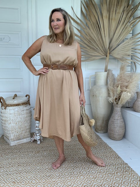 Kelly Sleeveless Dress