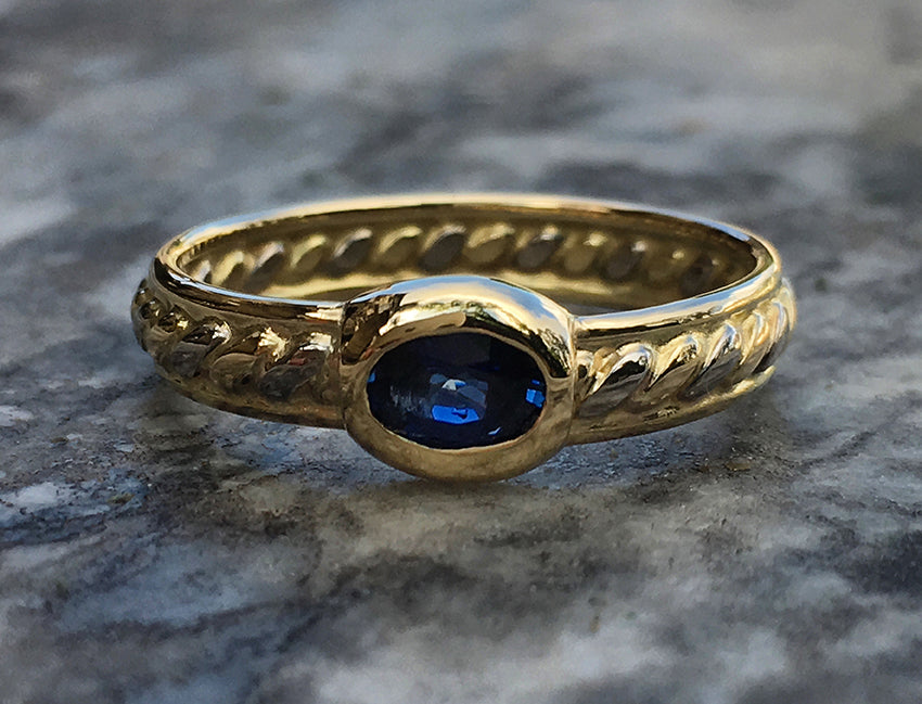 ASHLEY BOWEN RING WITH AUSTRALIAN BLUE SAPPHIRE