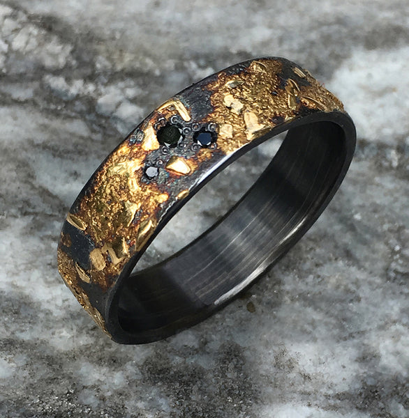 BOULDER RING WITH 3 BLACK DIAMONDS