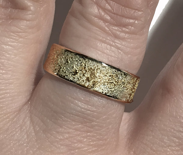 GOLDEN EARTH RING